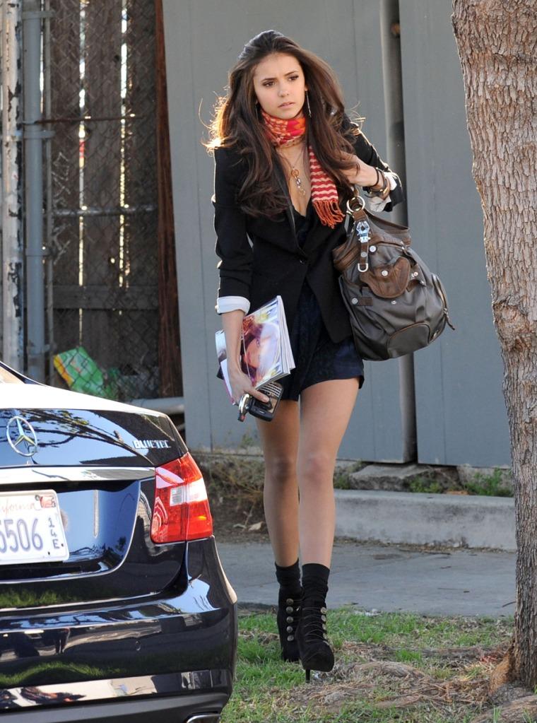 Trend Hairstyle Girl: Nina Dobrev