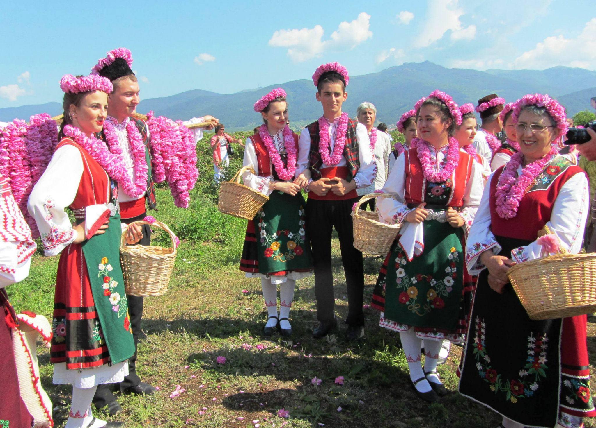 фестиваль розы в болгарии