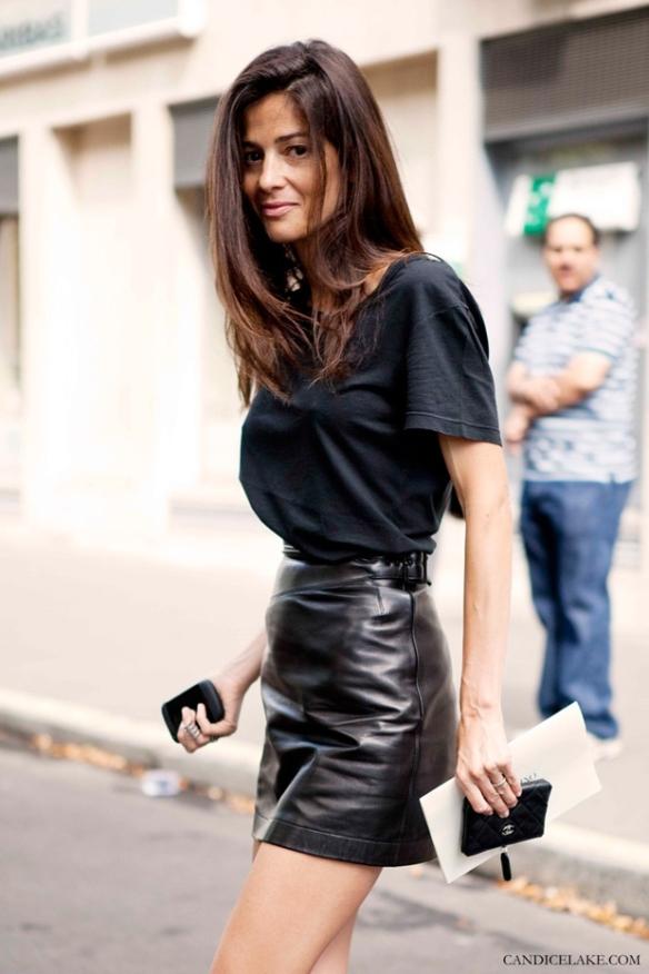 Barbara_Martelo_black_leather_skirt_street
